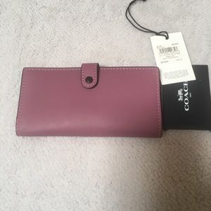 Coach 1941 Slim Trifold Wallet Primose color
